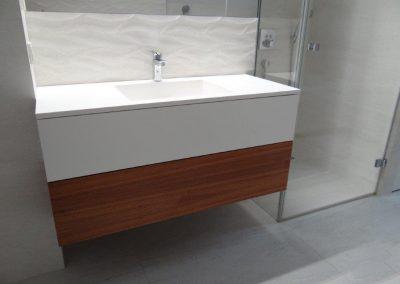 szafka łazienkowa 2