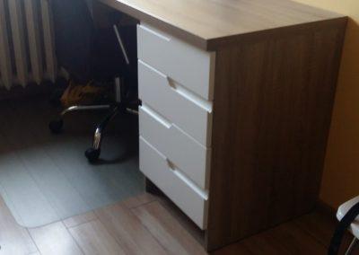 biurko z szufladami 2